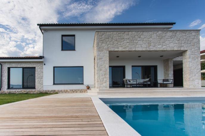 House Reka
